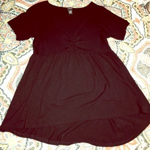 Torrid Size 1 baby doll cut black shirt